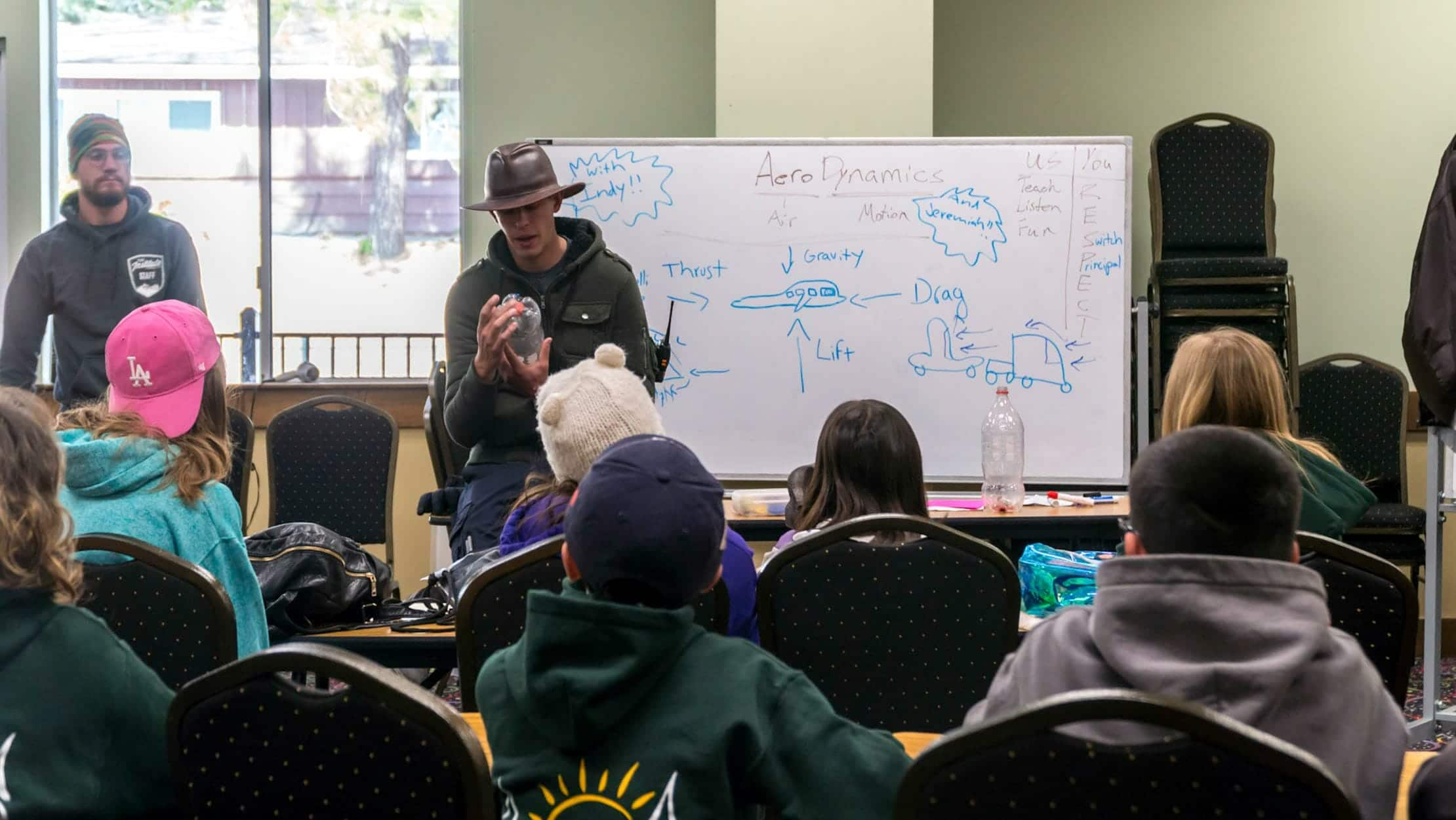 Pali instructor teaches aerodynamics class to student group